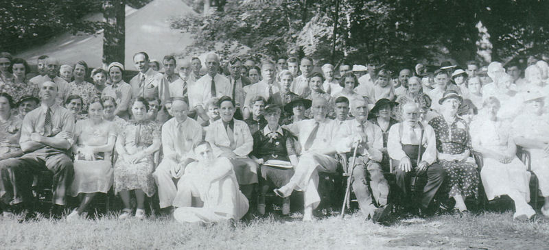 photograph of 1937 reunion of George and Jane Chandler descendants