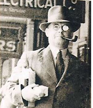 photograph of Leslie Chandler in East London, South Africa, in 1937